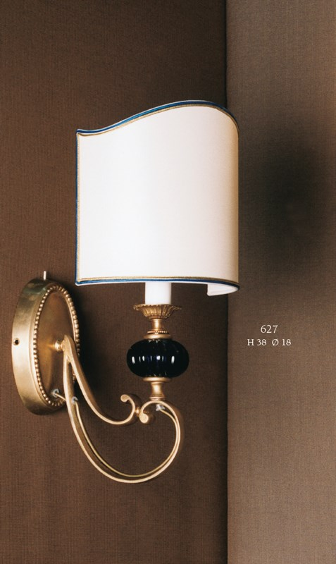 627 Wall Lamps Classic